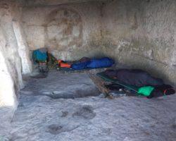 Ночевка в пещерах
